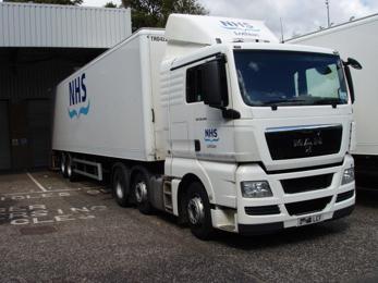 nhs_lorry02